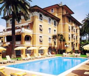 albergo_piscina
